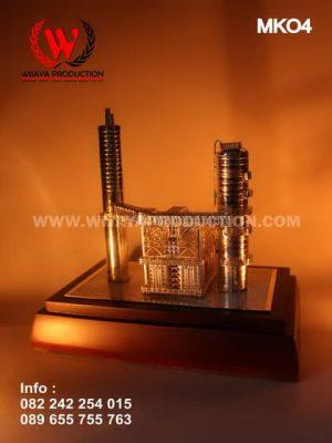 Miniatur Bangunan Pabrik