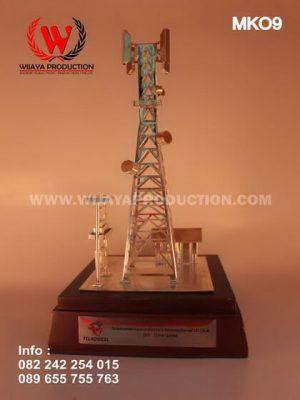Miniatur Tower BTS Telkomcel