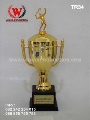 Piala Bergilir Badminton