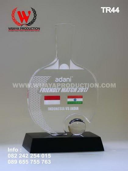 Piala Tenis Meja Akrilik