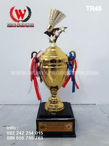 Piala Bergilir Badminton Custom
