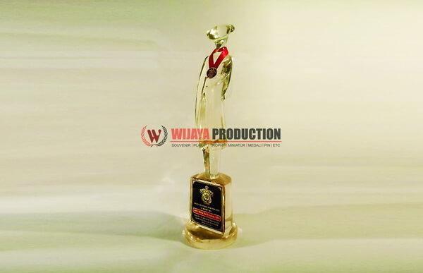 Plakat Wisuda sebagai Penghargaan dan Souvenir Kenang-kenangan